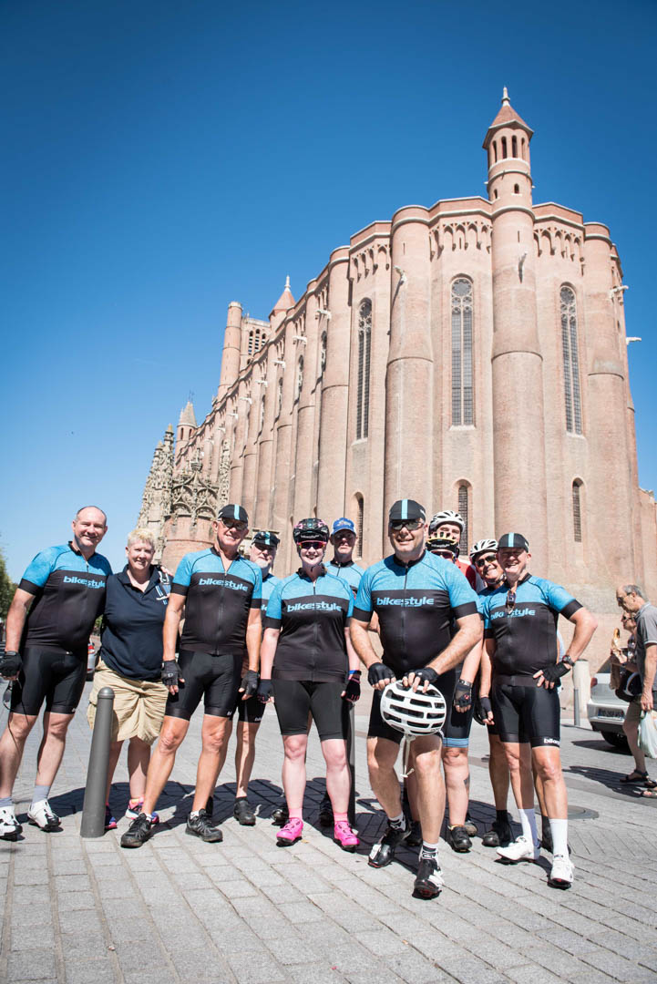 albi cathedral cycling holiday france