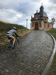 Riding the Muur van Geraardsbergen