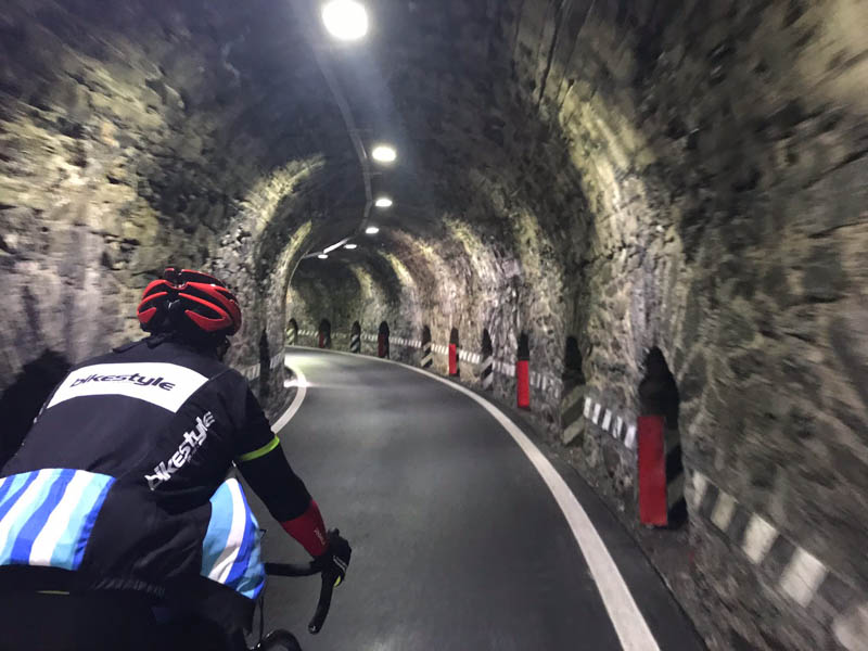 Just follow the light Giro