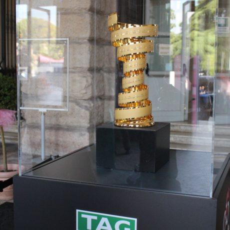 never ending trophy, giro d'italia