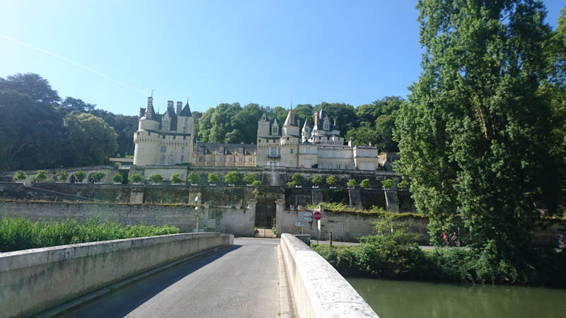 grand chateaux of loire valley