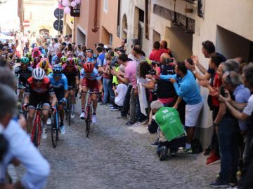 italy village giro bike race cycling holiday