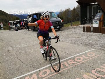 ride mortirolo celebration italy bike tour