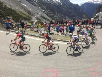 stelvio pass race day giro bike tours