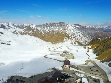 stelvio pass in snow, italy bike tour