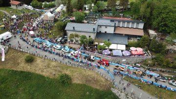birds eye view of the giro d'italia race