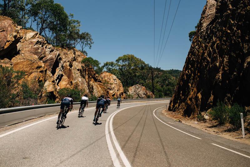 descending gorge road
